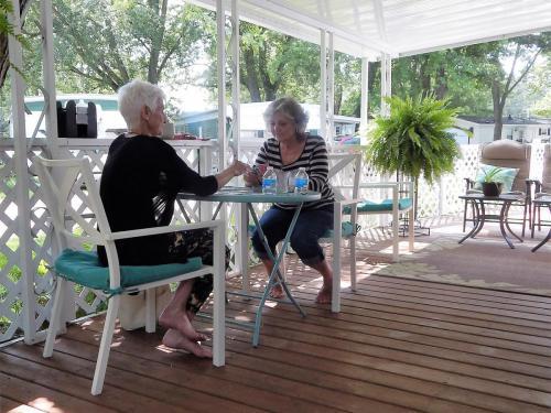 Hess Lake Mobile Home Park Community